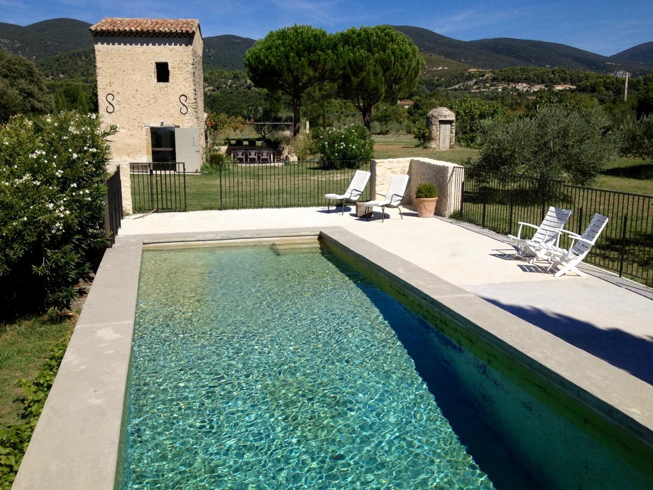 cabanon piscine 1